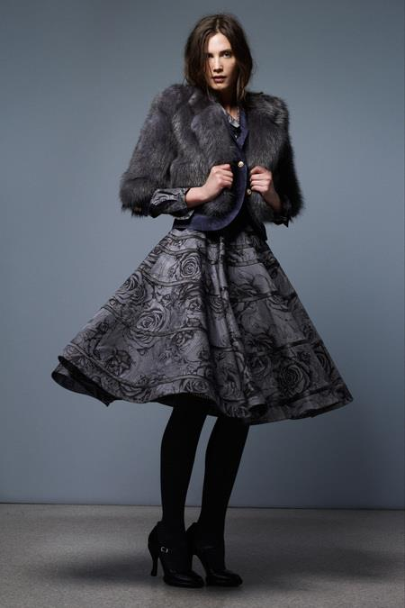 images/cast/10151168036112035=Pre-Fall 2013 COLOUR'S COMPANY fabrics x=thom browne ny